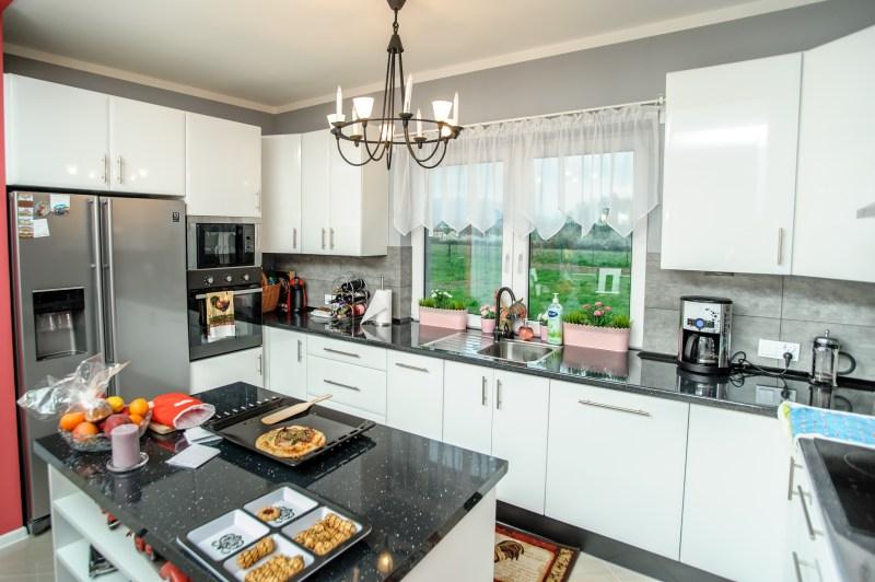 ROKOWSKI  meble kuchenne bielsko, meble kuchenne bielsko   -> Kuchnia Biala Lakierowana Cena